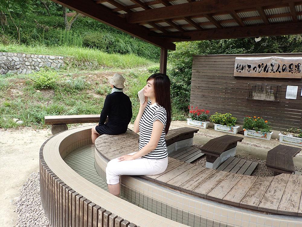 鈍川温泉の足湯