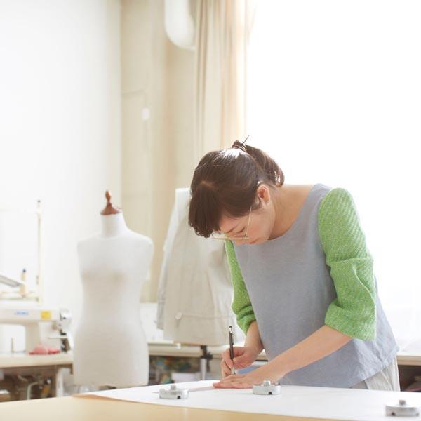 デザイナー中島トキコ POTTENBURN TOHKII