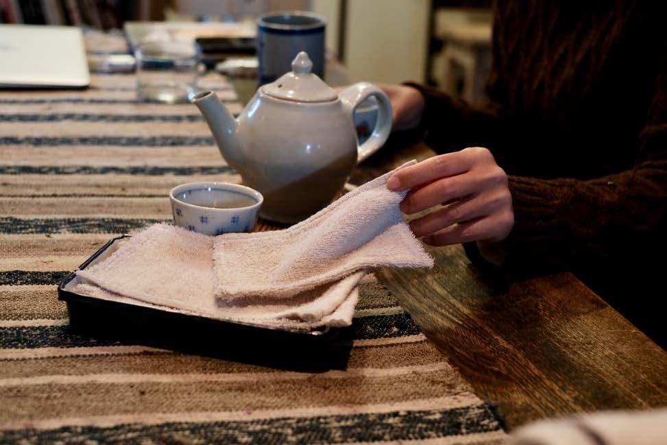 15 食事中のちょっとしたお手拭きやお口拭きにタオルウエス