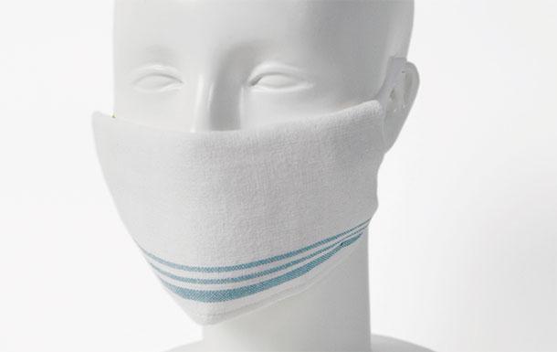 伊織 ハーフハンカチ  three 手作り マスク