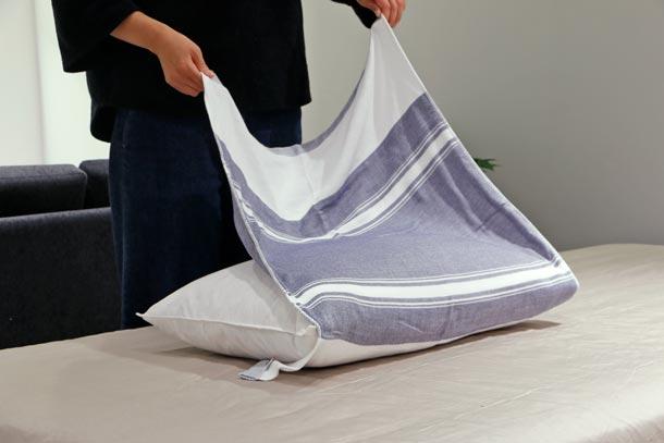 『MAKU-WRAP』(4重ガーゼの枕カバー) イメージ
