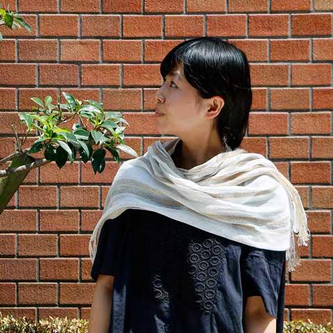 ex-kobooriza1-stf02 工房織座 伊織スタッフ着用イメージ