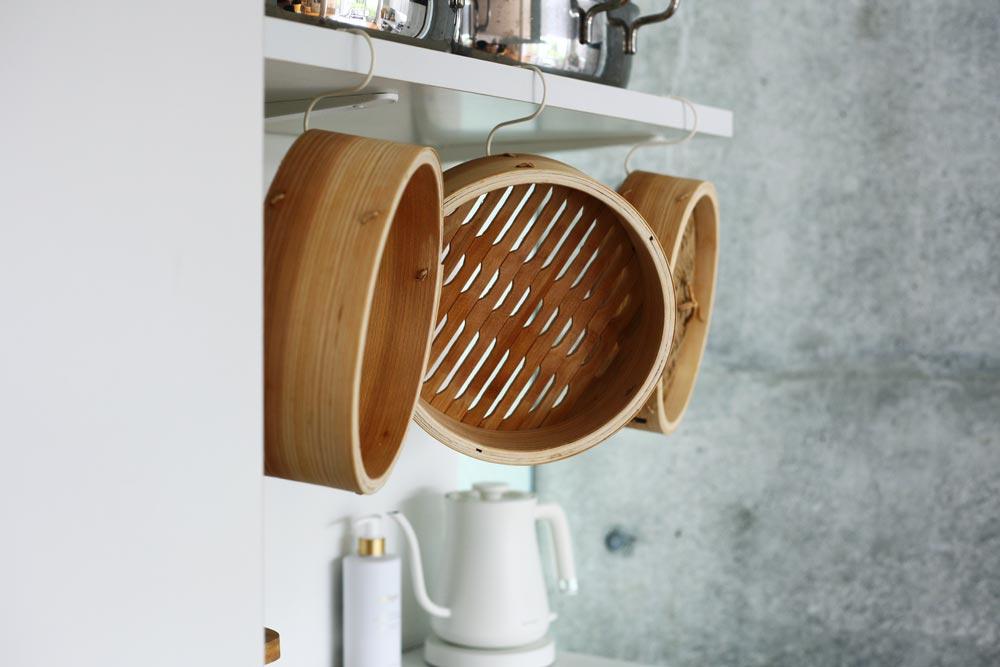 村上さんの調理道具(蒸しせいろなど) 暮らしを楽しむ人とタオル 03
