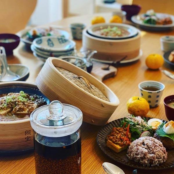 村上さんのInstagram より料理写真 暮らしを楽しむ人とタオル 03