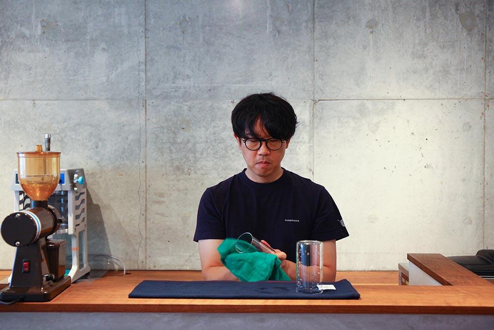 暮らしを楽しむ人とタオル 04 Café ひなのや 松山店 店内の様子